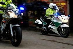 iDNES: Pronásledovaný řidič zřejmě úmyslně smetl policistu na motocyklu