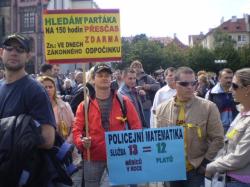 Bliží se demonstrace, nastal rozpor mezi odboráři?