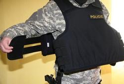 Nošení neprůstřelné vesty aneb jak na to - díl druhý