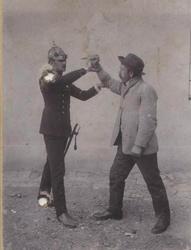 Otec zakladatele Krav Maga byl bratislavským policistou