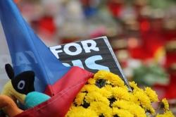 Uctění památky zabitých při pařížských teroristických útocích