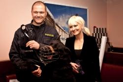Vítěz kategorie služebních psů Zep s páníčkem při předávání cen v roce 2014