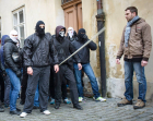 Vyjádření policie ke konspiračním teoriím sobotních demonstrací