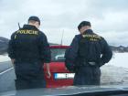 Policista z Vodňan střílel na ozbrojeného útočníka s nožem v sebeobraně