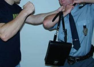 Lidé jsou na nás nejagresivnější o víkendech, říká policie