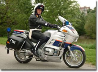 Jak se dostat k policii v Rakousku?